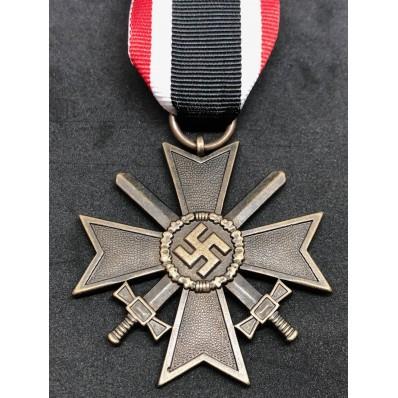 Croce al Merito di Guerra 1939 - con Spade