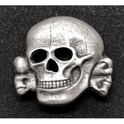Pin  Husaren Totenkopf   Metall Neu   380
