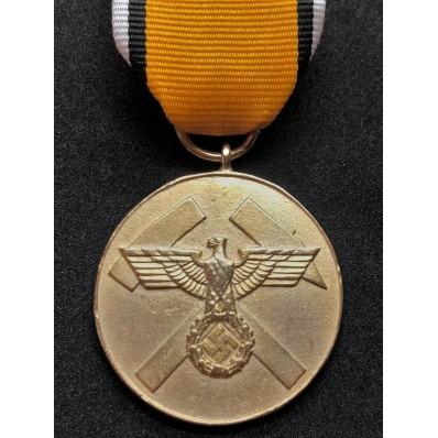 Medaglia Per Meriti Nella Costruzione Delle Trincee (Oro)