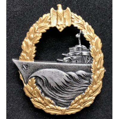 Destroyer War Badge (Horizontal pin)