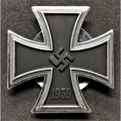 Iron Cross 1st Class (EK1) - with Screw