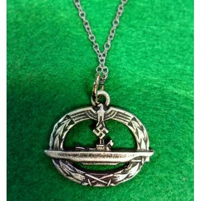 Halskette (Anhänger + Halskette)