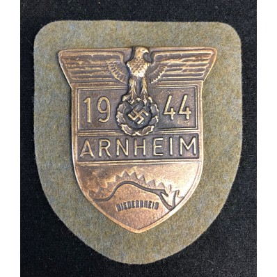 """Arnheim 1944"" Arm Shield"