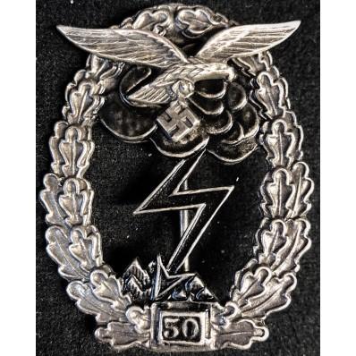 Distintivo Di Combattimento A Terra - 50 Attacchi