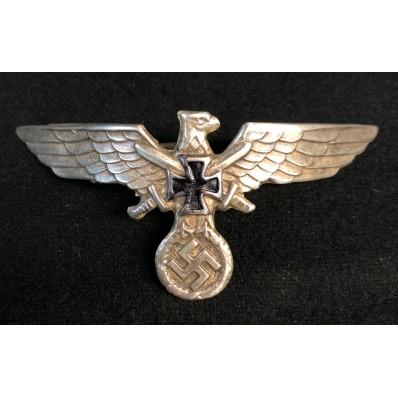Reservists Eagle Hat Badge