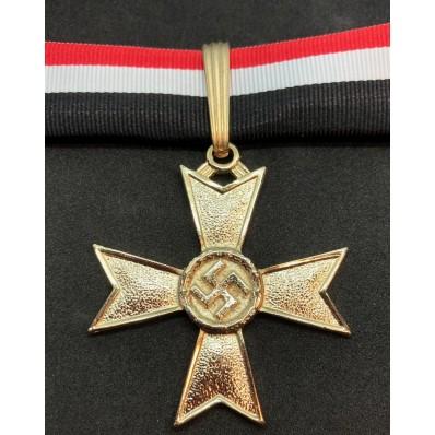Croce di Cavaliere della Croce al Merito di Guerra - Senza Spade (Oro)