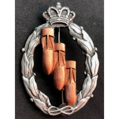 Distintivo per azioni di guerra, Bombardieri - della RR.AA. (Bronzo)
