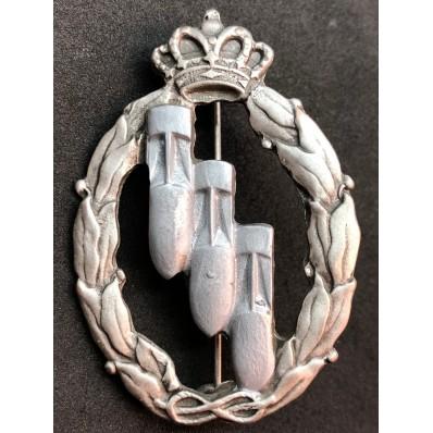 Distintivo per azioni di guerra, Bombardieri - della RR.AA. (Argento)
