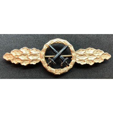 Front Flying Clasp for Air to Ground Support Fighters (Gold)