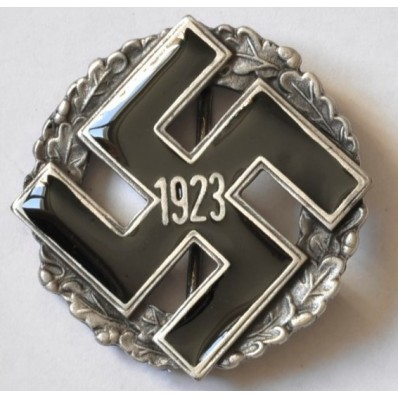 Gau-Abzeichen für Mitglieder der NSDAP seit 1923