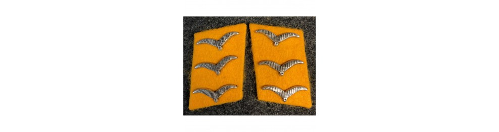 Collar Tabs